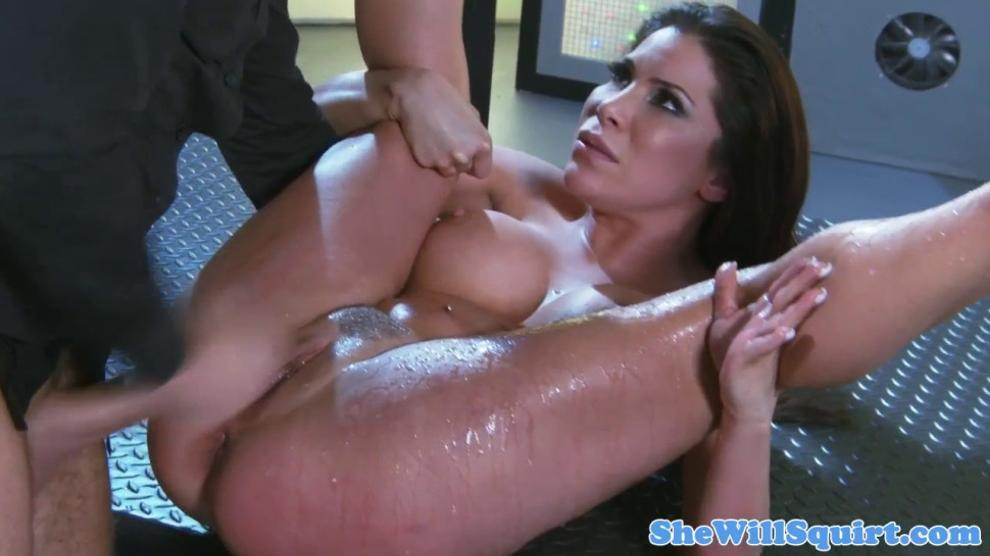 Squirt Moms Video