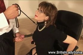 Mature british lady gets mouth fucked