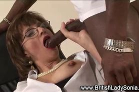 Mature brit sucks dick and gets licked