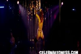Celeb Marisa Tomei Stripping Nude showing her Long Bare Nipples