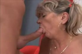 Mature Woman With Natural Boobs