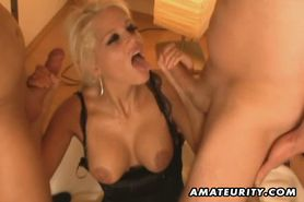 Amateur FMM threesome with double blowjob and facials