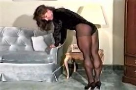 Strong Calf Muscles and Thighs in Pantyhose