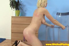 Goldenshower loving eurobabe using dildo