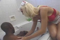HELP IN THE TUB: ANNIE ANDERSON AND MANDINGO