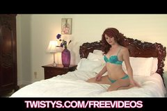 Redhead vixen Elle Alexandra rubs her juicy pussy on camera