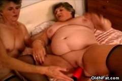 No Sound: Carol and Libby Gets it On!