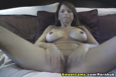 Cam: Huge Rack Lady Strip and Masturbate HD
