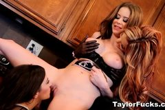 Girl Time To Bake with Taylor Vixen