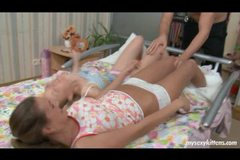 Horny lesbo teens sharing cock in 3some