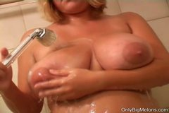 Ellen Washes Her Hooters In Shower