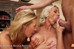 Hot Blondes Emma Starr And Nicole Aniston Suck Cock