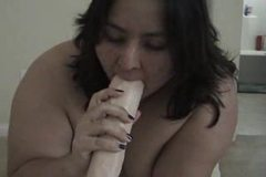 Suki Kim gets her dildo in deep