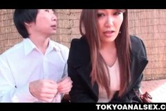 Jap tempting chick pissing outdoor and getting tiny butt toyed