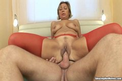 Hot Milf 69ers and Rides Like A Pro