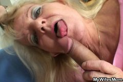 Old blonde jumps on massive meat