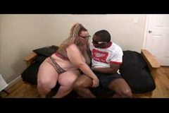 sbbw takes a black dick