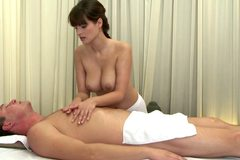 Hot steamy masseuse giving hj to her kinky customer