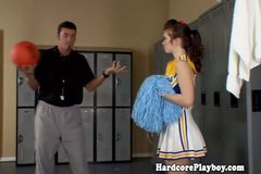 Amateur teen cheerleader fucked by coach