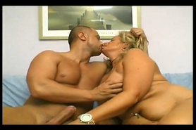 SEXY GRANNY FUCKED BY YOUNG FIT GUY AGAIN