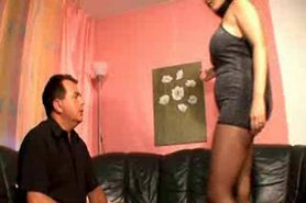 Pantyhosed milf makes guy hard