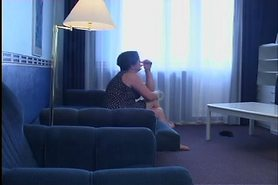 Yong Boy fucks Mature Mom on Sofa