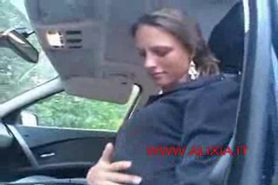 Young amateur girl masturbate in car