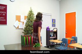 Holiday Special Hot teen Sadie Holmes fucks nerd