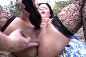 MILF Outdoor Trist