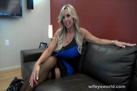 Big Tit MILF Gives Herself A Facial view on tnaflix.com tube online.