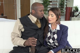 Real Model with Perfect Tits Loves Black Cock