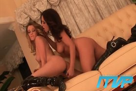 Carli and her GF Zoe view on tnaflix.com tube online.