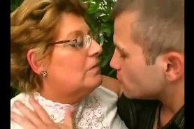BBW GRANNY LOVES THE YOUNG DICK