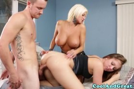 Teen babe doggystyle fucked as she eats pussy