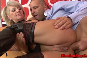 Alt granmother riding cock anally