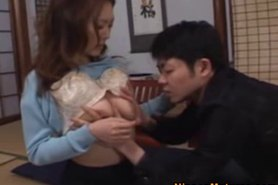 asian milf solo plays and moans