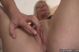 Old blonde takes it from behind