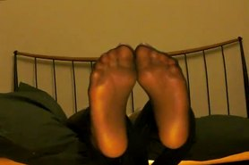 Worship feet in black pantyhose