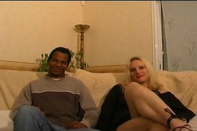 Couple nympho et blonde bisexuelle.