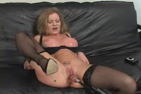 Amber Michaels machine fuck