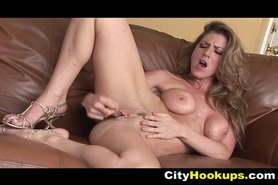 Horny Kayla Paige Goes Solo For Dildo
