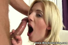 Amateur girlfriend pleasing dude with BJ and she loves doing it