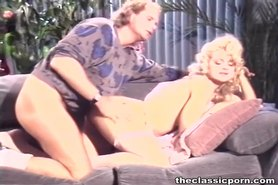 Lost control from seducing blonde