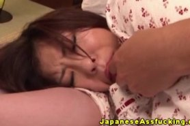 Japanese amateur gets ass fucked by dildo