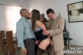 Dirty office affairs get revealed