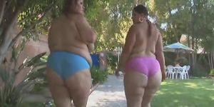 Curvy black babe nude