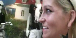 Sarina valantina cock