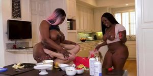 Victoria Cakes And Kenzie Reeves