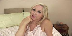 Blonde granny porn