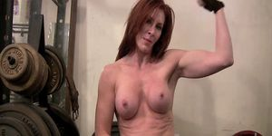 Redheaded mature sexiness
